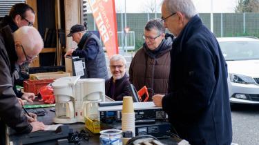 I et borgerforskningsprojekt opfordrede SDU og TV 2/Fyn fynboerne til at indlevere deres aflagte eller defekte mobiltelefoner, computere, hårtørrere, støvsugere med merepå den lokale genbrugsstation.