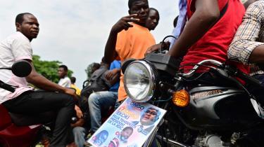Felix Tshisekedi blev udråbt til vinder af præsidentvalget i december i DR Congo, men noget tyder på, at den sejr, tilhængerne fejrede, skete på et uretmæssigt grundlag.