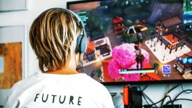 I Dabeco bekymrer vi os over, hvor dette kæmpe digitale og sociale eksperiment vil lande. Vores håb er, at forældre lytter til deres sunde fornuft og hjælper deres børn med at få et afbalanceret forhold til deres Fortnite-karakterer.