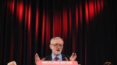 'Economics for the Many' er udgivet med Jeremy Corbyns skyggefinansminister, John McDonnell, som redaktør.