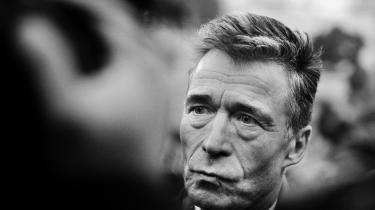 Krigsrapporten, der udgives i dag,giver ikke svar på en lang række spørgsmål. Dog giver rapporten indblik idaværende statsministerAnders Forgh Rasmussens rolle, forud og efter beslutningen om deltagelse i Irakkrigen.
