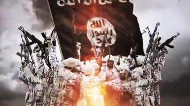 Islamisk Stats videoer er ikke alene ekstremt brutale, mange af dem holder også en høj professionel standard og er produceret som dyre reklamefilm. Det er ubegribelig vold pakket ind i glitrende special effects, smarte krydsklip og popmusik, forklarer Simone Molin Friis.