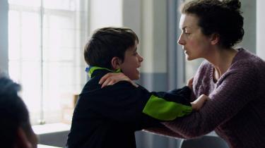Ely Solan spiller den ene af de to tiårige drenge, der slog toårige James Bulger ihjel i 1993, efter de havde bortført ham fra et indkøbscenter.