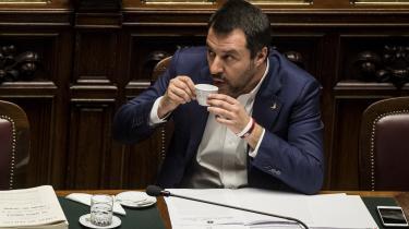 Regeringspartiet Femstjernebevægelsen valgte i denne uge at holde hånden over regeringspartneren Matteo Salvini, så han undgik at blive retsforfulgt for kidnapning af migranter.