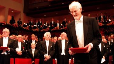 22 år. Så længe er det siden, at Jens Chr. Skou i 1997, som den seneste dansker, modtog en nobelpris.