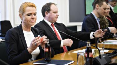»Der er tale om en sag, som efter min opfattelse er meget grundigt og fuldt belyst,« sagde Udlændinge- og integrationsminister Inger Støjberg på et samråd fredag om ministerens ulovlige instruks om adskillelse af asylpar