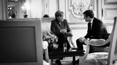 Den tyske kansler Angela Merkel opfatter ifølge Süddeutsche Zeitung primært Emmanuel Macrons udspil som beregnet til den franske valgkamp frem til europaparlamentsvalget.