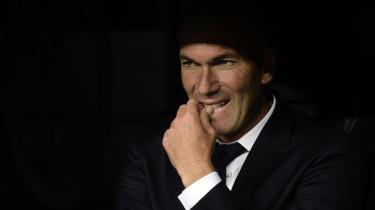 Valget faldt på Zidane, og det er svært at få armene ned. Det svarer til at skifte præsten ud med paven. Hvem ville ikke elske det?
