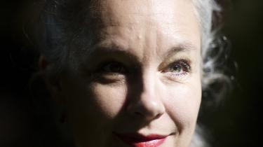 'Jeg har altid været interesseret i at skabe en verden, hvor virkeligheden møder eventyrene,' siger den svenske forfatter Sara Stridsberg, der er aktuel med romanen 'Kærlighedens Antarktis'.