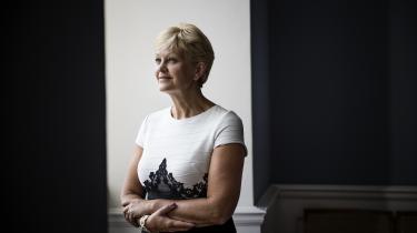 Eva Kjer Hansen tror langtfra, at de politiske ungdomsorganisationer står alene med udfordringerne med seksuelle krænkelser. I en af de seneste undersøgelser, ministeriet har fået lavet, svarer hver fjerde unge kvinde, at hun inden for det seneste år har oplevet en ikkefysisk seksuel krænkelse.