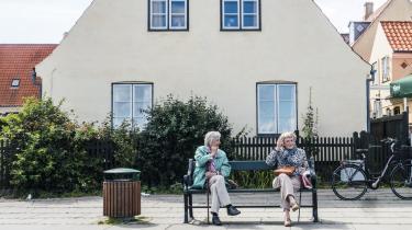 De enkle løsninger er ofte de bedste – så derfor, hvor svært kan det være? Sæt folkepensionsalderen til 65 år, og gør det lettere at få pension og fleksjob af lægelige årsager inden.