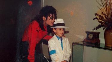 Billede fra den britiske dokumentar fra 2019. Påstande om, at Michael Jackson skulle have misbrugt børn seksuelt, dukkede første gang op i 1993.