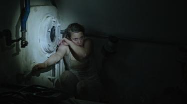 Pr-medarbejderen Rie (Christine Sønderris) bliver fanget i metrobyggeriet under jorden i Rasmus Kloster Bros katastrofethriller, 'Cutterhead'.