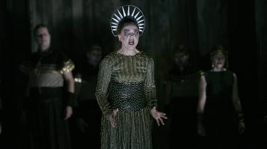 Elsebeth Dreisig somKleopatra.