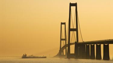 Indtægterne fra Storebæltsbroen bruges– over til vedligeholdelse af anlægget og afdrag på gælden – også til andre infrastrukturprojekter. I 2009 indgik det som en del af et bredt trafikforlig, at A/S Storebælt frem til og med år 2022 skulle »udlodde« i alt ni milliarder kroner til Infrastrukturfonden.