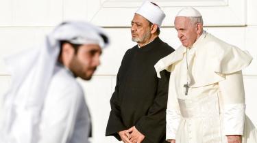Pave Frans ogAhmed el-Tayeb, storimam ved al-Azhar-Universit i Cairo.