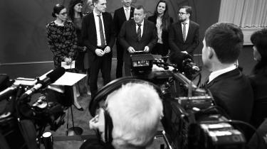 Efter flere måneders forhandlinger kunne regeringen med Lars Løkke Rasmussen i spidsen og Dansk Folkeparti tirsdag formiddag præsentere en ny sundhedsaftale, hvor der afsættes ni milliarder kroner til at forbedre sundhedssystemet.