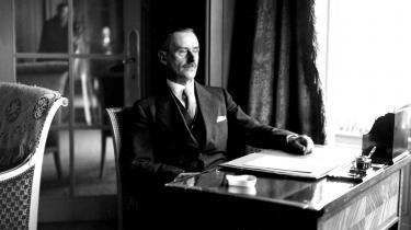 Gennem alle Thomas Manns betragtninger støder to dominerende overbegreber sammen: Kultur og civilisation, som fordeler sig på forfatteren og hans bror. Af dem kan hele striben af de øvrige uforligeligheder, der bringes på banen, afledes.