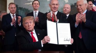 USA's præsidentsanerkendelse af israelsk kontrol over Golanhøjderne bryder med årtiers international konsensus.