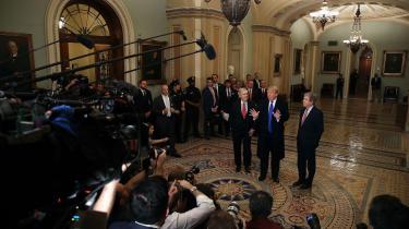 Pressen har gennem to årdagligt angrebet Donald Trump, og efterRobert Muellers delvise rensning af Trump i Russiagate-affæren, mener mediekritikere, at pressen bør korrigere kurs.