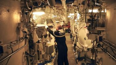 Fransk atomubåd. Det franske selskab Safraner ekskluderet af otte andre danske pensionsselskaber, fordi de er leverandører til franske M51-atommissiler, men Pædagogernes Pension anser ikke virksomheden for at være kontroversiel, »da Danmark ikke har tilsluttet sig traktaten om forbud mod atomvåben«.