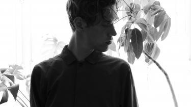 På sit femte fuldlængdealbum, Isa, gør Croatian Amor sig for alvor Roskilde-aktuel med en blanding af computermanipulerede vokaler, inderlig synth og science fiction-filmagtige feltoptagelser, skriverSophia Handler.