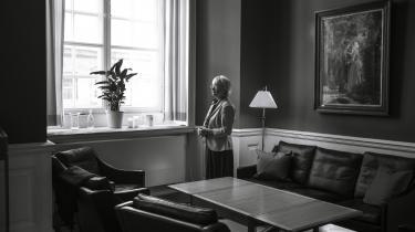 »Jeg har været meget udadvendt i alle mine år som politiker. Så jeg vidste godt, at der måtte jeg dæmpe mig noget ned,« siger Pia Kærsgaard om sine overvejelser i forhold til at blive formand for Folketinget.
