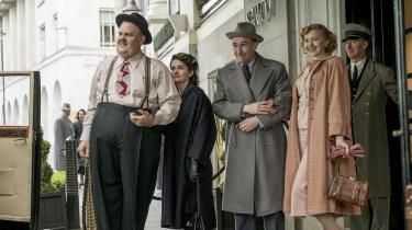 Gøg (Steve Coogan) og Gokke (John C. Reilly) er sammen med deres koner, Ida (Nina Arianda) og Lucille (Shirley Henderson), ankommet til London, hvor de spiller for fulde huse på en af byens største teaterscener.