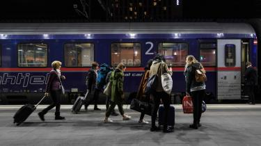 Sammenslutningen af europæiske venstrefløjspartier vil blandt andet investere i en togfond, der skal sikre bedre og billigere togforbindelser på tværs af Europa. Her er vi i Wien, hvorfra der afgår en række nattog til europæiske storbyer.