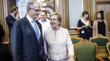 Folketingspolitikere, der har nået folkepensionsalderen, er typisk backbench'ere med en ringe fremmødeprocent, skriver pensionist Bent Liholm. Mogens Lykketoft og Marianne Jelved er hhv. 73 og 75 år.