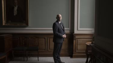 Tilliden til politikerne, medierne, store samfundsbærende institutioner og ikke mindst hinanden er altafgørende for sammenhængskraften i et land som Danmark, mener Søren Pape.
