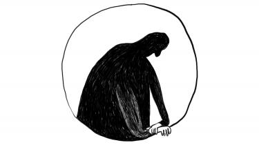 I retslokale 23 i Københavns Byret er en ung mand tiltalt for voldtægt mod en jævnaldrende gymnasieveninde