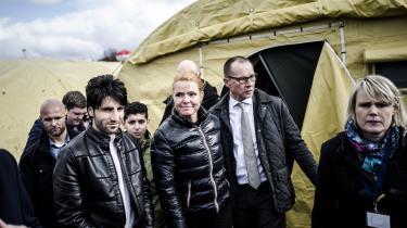 Passiviteten på klimaområdet står i skarp kontrast til Inger Støjbergs – her i Jammerbugt asylcenter – heftige aktivitet i Udlændinge- og Integrationsministeriet. Men spørgsmålet er, om den stramme udlændingepolitik er ved at være udtjent som slagnummer for de borgerlige partier.