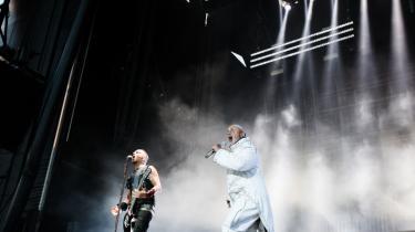 Rammstein dyrker de enkle linjer på bandets nye album. Billedet er fra en koncert i Horsens i 2017.