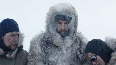 Instruktør Esben Sandberg plejer at lave helteportrætter af nationale ikoner. Det gør han ikke med 'Amundsen'.