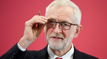 Jeremy Corbyns fatale fejltagelse er ikke blot forsøget på at forene værdierne blandt Remain- og Leave- vælgerne. Det er forsøget på at forene to fløje inden for corbynismen: de økonomiske nationalister fra den gamle venstrefløj og de internationalistiske og progressive aspirationer i Labours nye urbane kerneland.