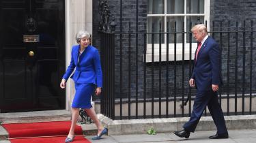 Storbritanniens næste konservative premierminister bør tage sig i agt. At forhandle en bilateral frihandelsaftale på plads med Trumps USA efter at have forladt EU og toldunionen vil koste britisk økonomi dyrt