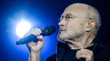 Phil Collins var ude af stand til at synge igennem lørdag aften i Aarhus, skriver anmelder Ralf Christensen. Billedet her er fra koncerten i Berlin dagen før.