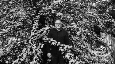 Med sin globale bestseller om det mystiske naturområde Area X har den amerikanske forfatter Jeff VanderMeer gjort fiktion til en del af klimakampen. Romaner kan skabe identifikation og følelser omkring det forandrede natur og miljø omkring os på en anden måde end journalistik og dokumentarisme, mener han