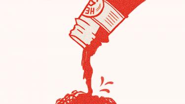 Det er »ketchupforhandlinger«, som en diplomat formulerer det over for Information: Der kommer ikke noget ud af flasken, før det hele kommer ud.