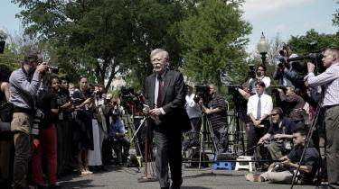 I den eskalerende strid med Iran i Den Arabiske Golf er John Bolton gået i spidsen for en forøget amerikansk styrkeopbygning i regionen, som Teheran kun har kunnet se som et konfrontatorisk skridt.