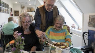 Madklubaften på Slottet på Nørrebro – et plejehjem hvor de er åbne om deres forskellige seksuelle orientering.