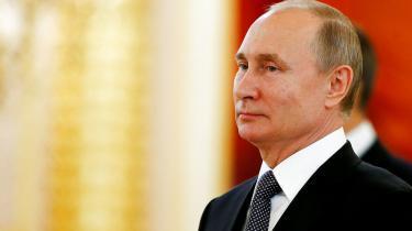 Putin kan vrænge på næsen ad problemerne med liberalt demokrati alt det, han vil. Det løser ikke hans egne