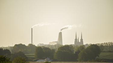 Når Landbrug & Fødevarer og tænketanken CEPOS hævder, at det ikke kan betale sig at reducere udslippet af CO2 i Danmark, er det ikke rigtigt