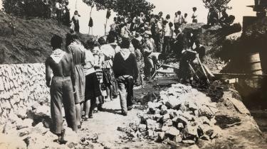 Delegationen af danske maoister skulle hjælpe med at bygge jernbane i Albanien.