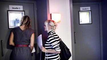Radioværterne Mette Bom og Nanna Kalinka Bjerke kort efter Radio24syv åbnede i 2011.