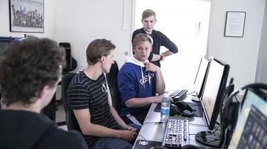 Gustav Thaarup fik en depressionsdiagnose i midten af 2.g. Det er en af årsagerne til, at han nu vil fokusere på noget, han synes er sjovt: computerspillet 'League of Legends'.
