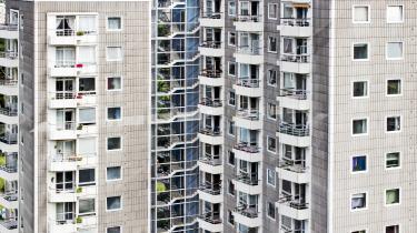 Lavere ydelser, gentrificering og stigende leveomkostninger i storbyerne presser socialt udsatte ud af landets storbyer, viser aktindsigter. Alene i København har gennemsnitligt 4.470 borgere, der har været på offentlig forsørgelse, årligt måttet fraflytte byen siden 2014