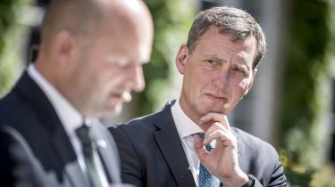 Sagerne, den nye justitsminister Nick Hækkerup skal tage sig af, er alenlang, skriver Ulrik Dahlin i denne leder.