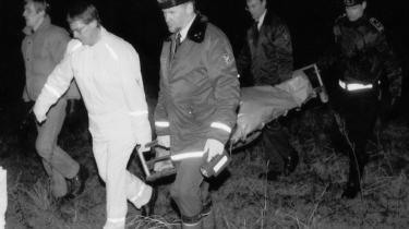 Liget af den 31-årige teologistuderende Anne-Marie Mandrup Pedersen blev fundet på Følle Strand indpakket i plasticsække i en kuffert den 20. jan 1994. Anne-Marie Mandrup Pedersen er en af demange kvinder, som blev dræbt af sin partner.